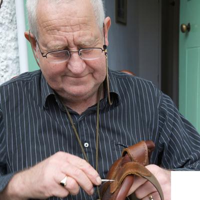 Geoff Oram - master saddler